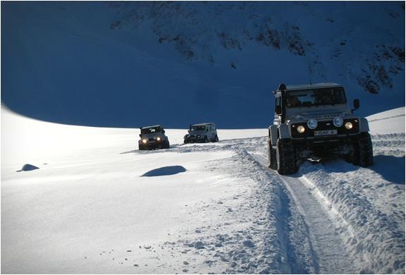 isak-4x4-defenders-iceland-4.jpg | Image