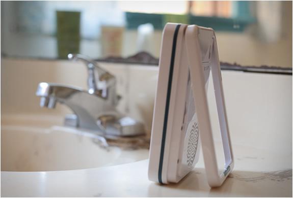 ishower-wireless-shower-speaker-3.jpg   Image