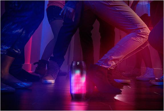 jbl-pulse-speaker-3.jpg | Image