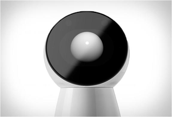 jibo-family-robot-4.jpg | Image