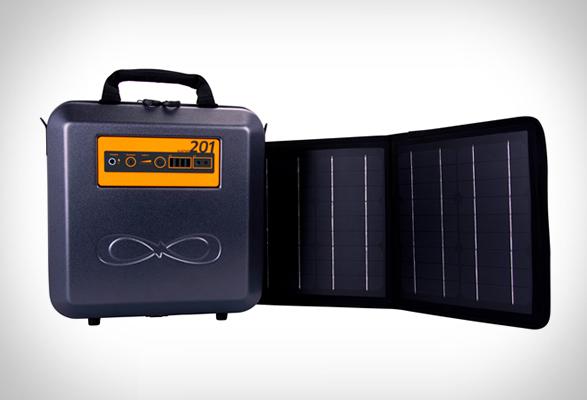 kalipak-portable-solar-generator-2.jpg | Image