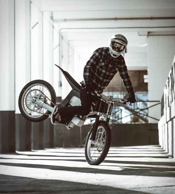 kalk-ink-electric-dirt-bike-2.jpg | Image