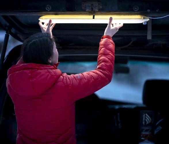 klymit-everglow-light-tube-3.jpg | Image