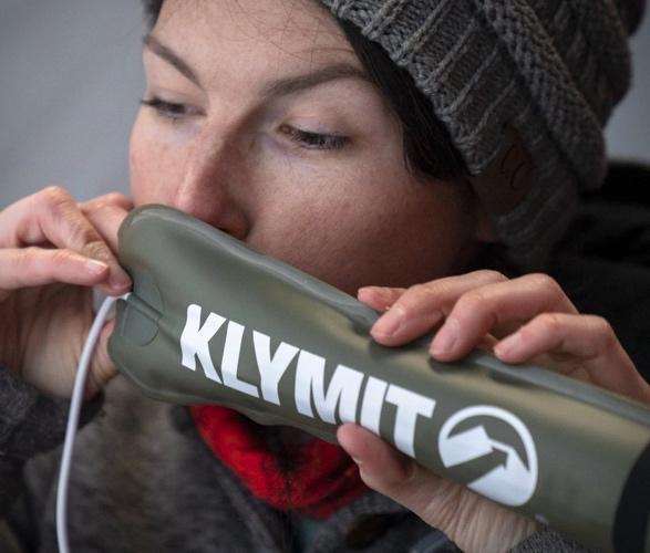 klymit-everglow-light-tube-4.jpg | Image