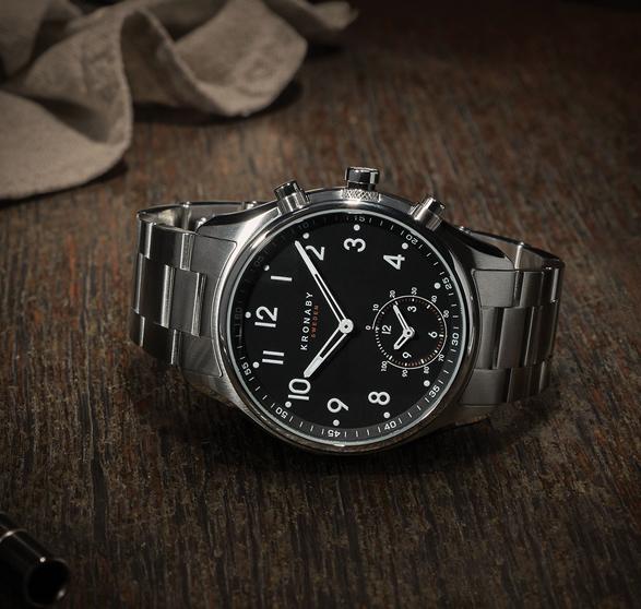 kronaby-apex-smartwatch-7.jpg