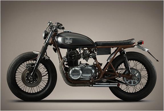 KAWASAKI KZ400 | BY LA CORONA MOTORCYCLES | Image