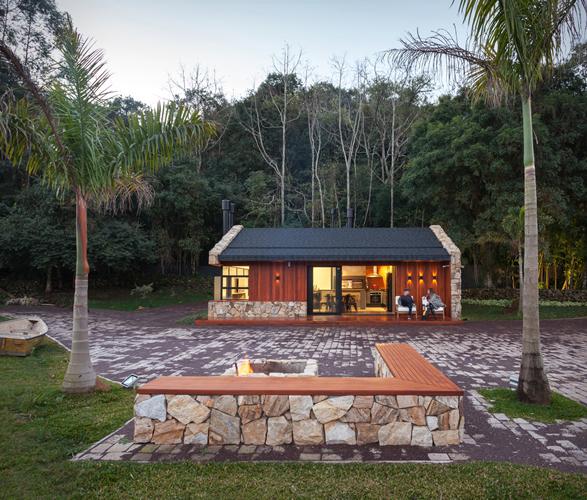 lake-house-retreat-11.jpg