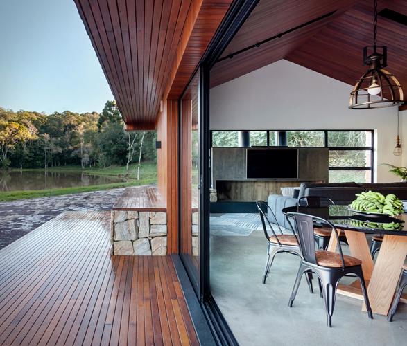 lake-house-retreat-3.jpg   Image