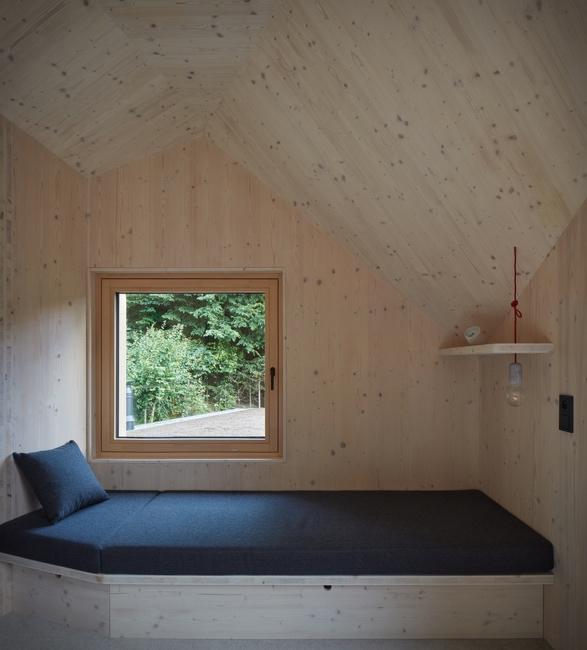 lakeside-cabin-10.jpg