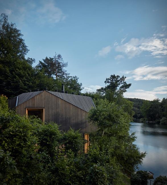 lakeside-cabin-2.jpg | Image