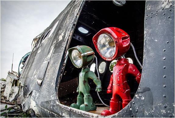 lampster-robo-lamp-4.jpg | Image