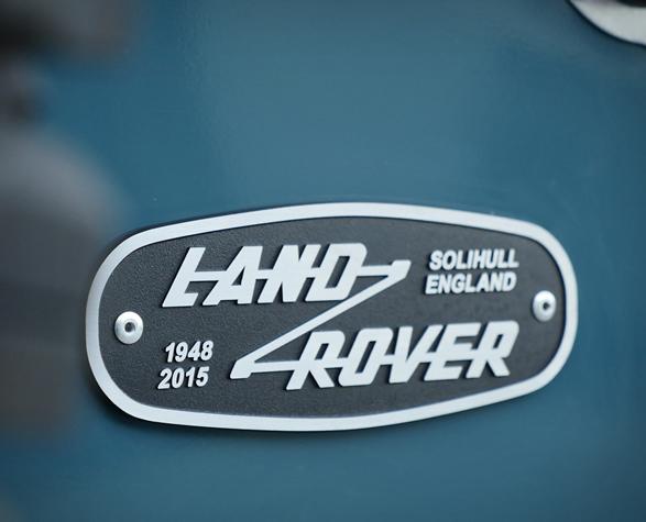 land-rover-defender-heritage-15.jpg
