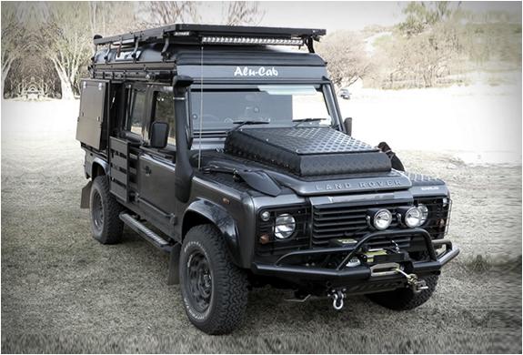 Dealerships That Buy Cars >> Land Rover Defender Icarus
