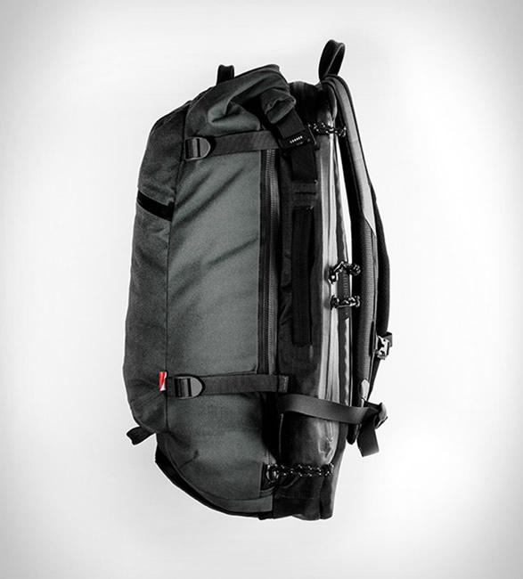 lander-bags-3.jpg | Image