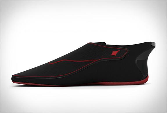 lechal-bluetooth-enabled-footwear-5.jpg   Image