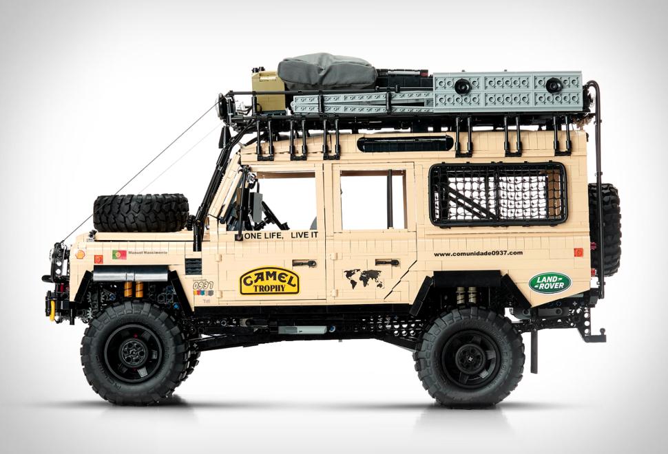 Lego Land Rover Defender 110 | Image