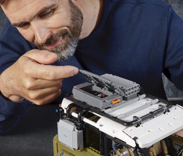 lego-technic-land-rover-defender-3.jpg | Image
