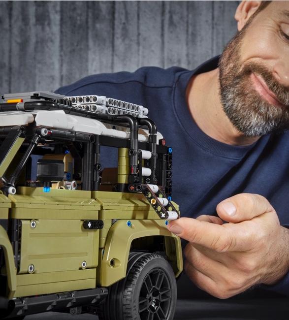 lego-technic-land-rover-defender-4.jpg | Image
