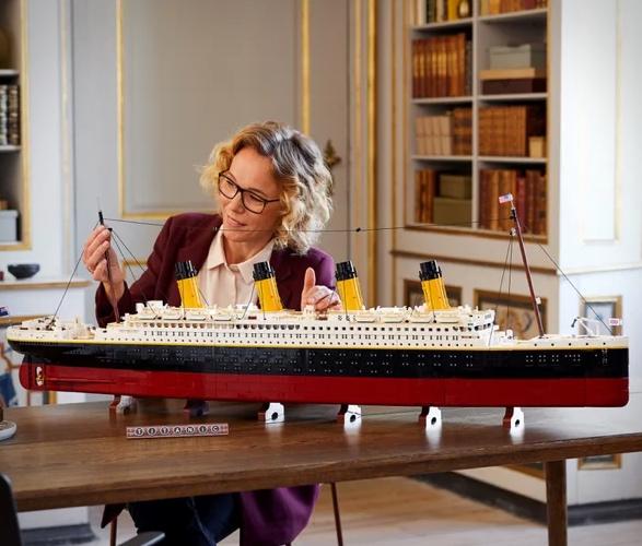 lego-titanic-2.jpg | Image