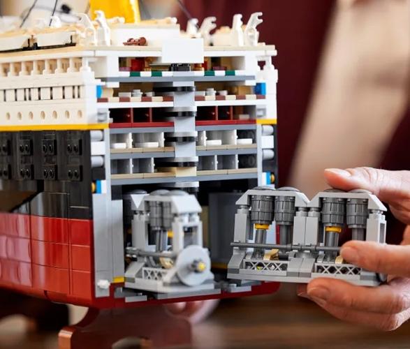 lego-titanic-4.jpg | Image