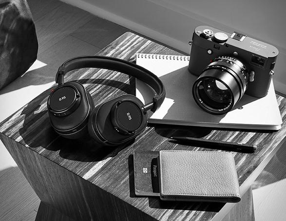 leica-master-dynamic-headphones-2.jpg | Image