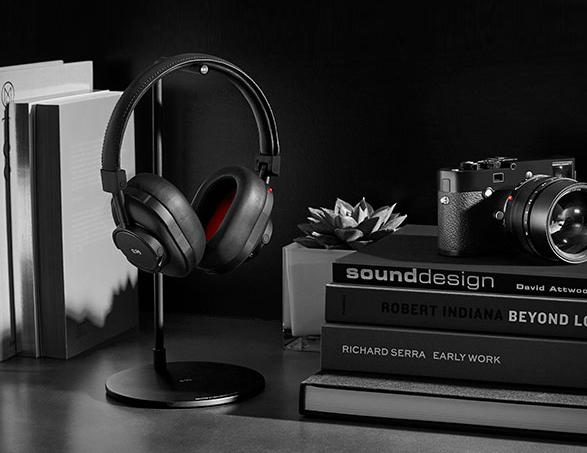 leica-master-dynamic-headphones-5.jpg | Image