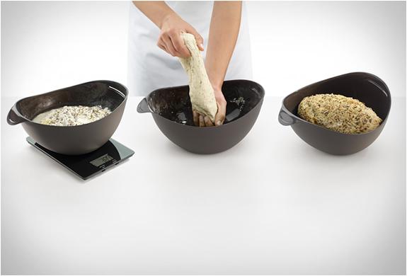 lekue-silicone-bread-maker-3.jpg | Image