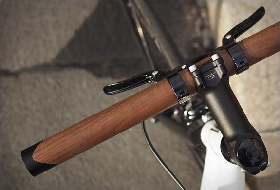 lenkr-v1-walnut-handlebar-2.jpg | Image