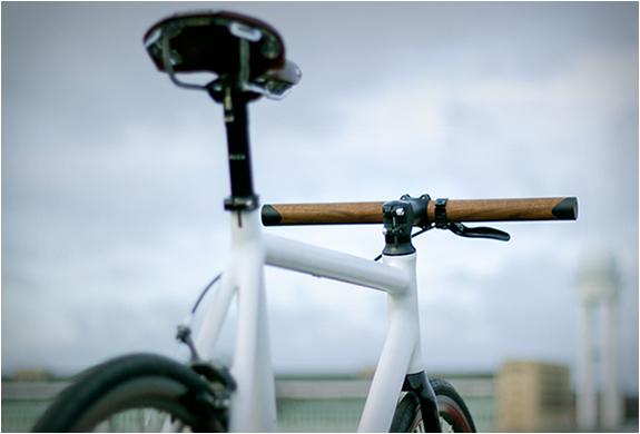 lenkr-v1-walnut-handlebar-3.jpg | Image