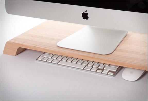 lifta minimalist desk organizer. Black Bedroom Furniture Sets. Home Design Ideas