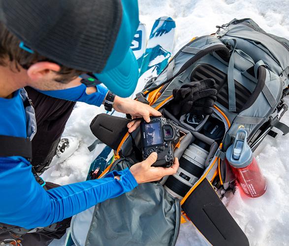 lowepro-powder-backpack-3.jpg   Image