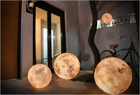 luna-moon-lantern-2.jpg | Image