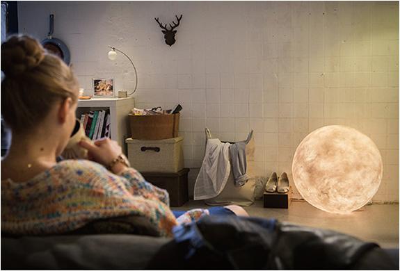 luna-moon-lantern-4.jpg | Image