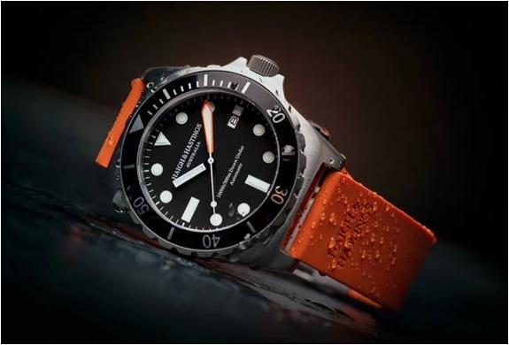 m2-diver-haigh-hastings-4.jpg | Image