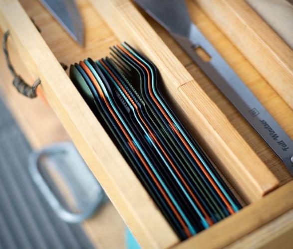magware-magnetic-flatware-set-7.jpg