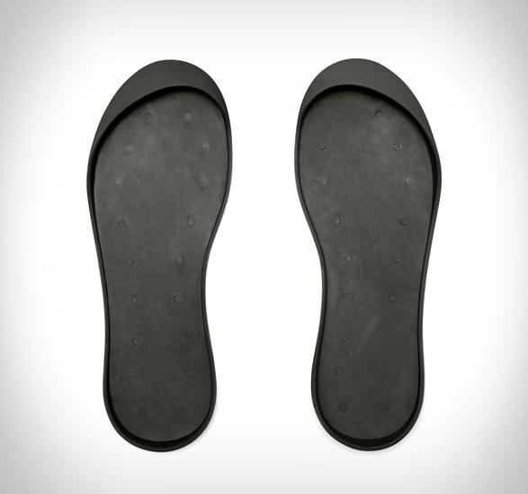 mahabis-luxe-slippers-3.jpg | Image