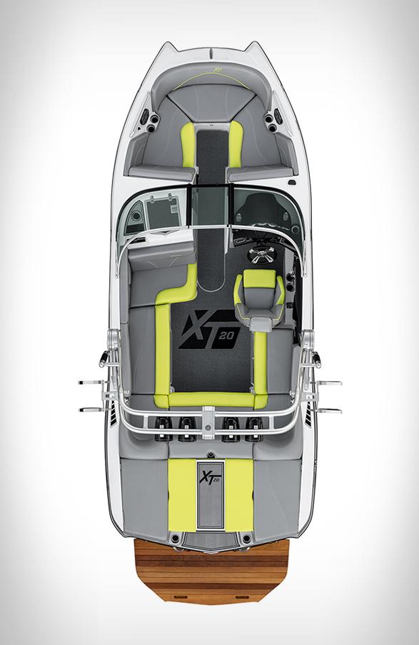 mastercraft-xt20-powerboat-2.jpg | Image