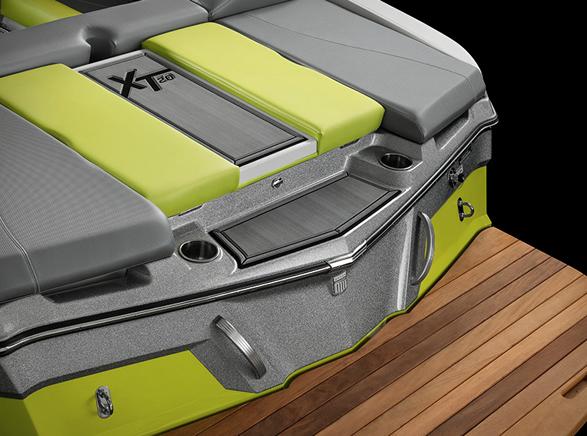 mastercraft-xt20-powerboat-7.jpg
