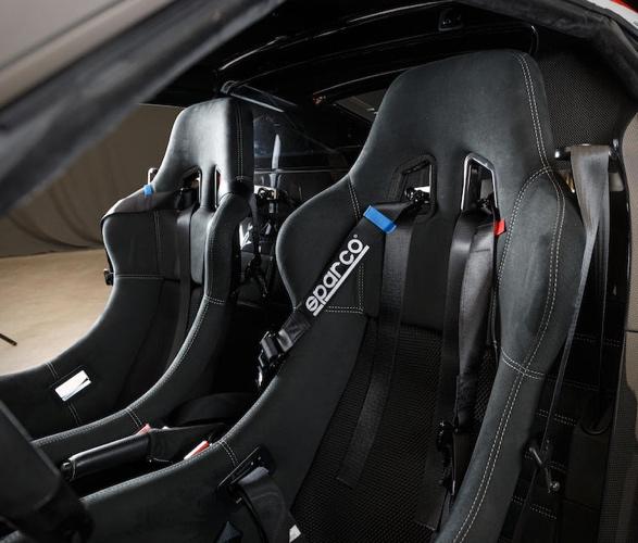 mat-stratos-coupe-12.jpg