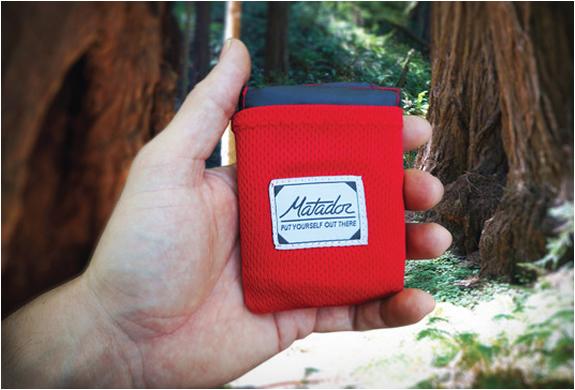 matador-pocket-blanket-3.jpg | Image