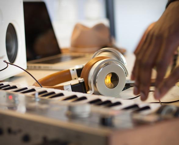 meters-ov-1-headphones-5.jpg   Image