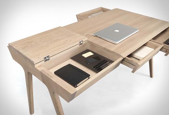 metis-desk-4.jpg | Image