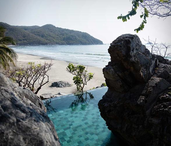 mexican-beachfront-cabana-11.jpg
