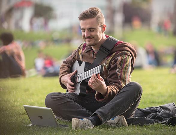 mi-guitar-5.jpg | Image