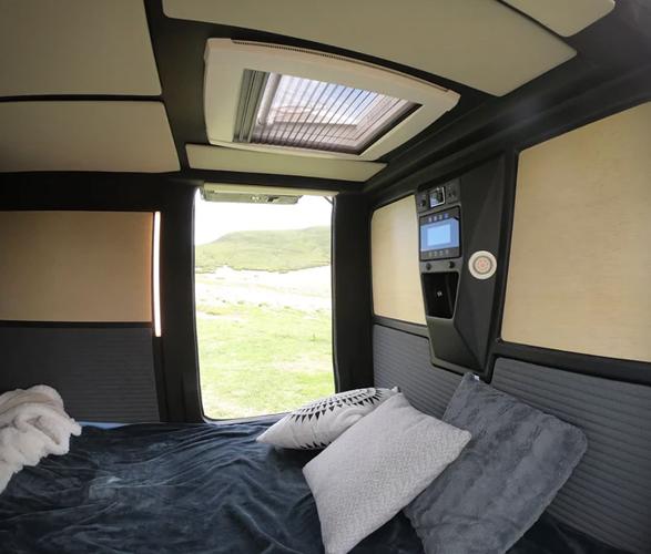migrator-off-road-camper-11.jpg