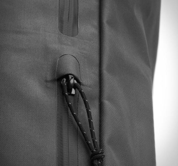 miir-commuter-backpack-6.jpg