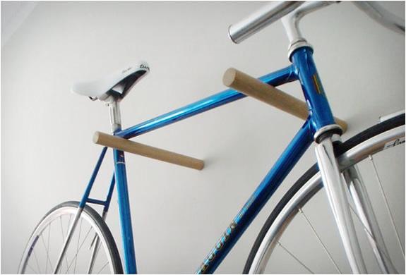 minimal-wooden-bike-hook-2.jpg | Image