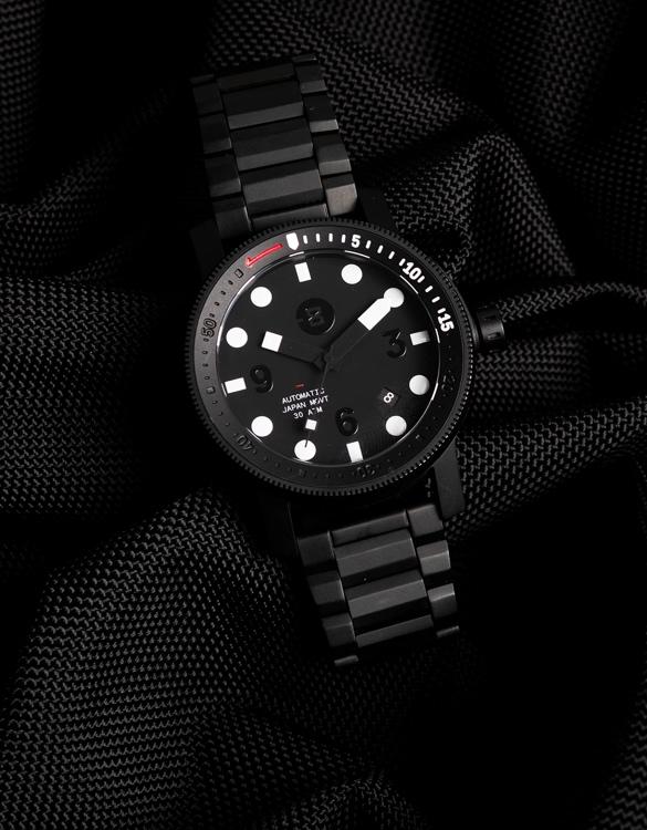minus-8-diver-2020-2.jpg | Image