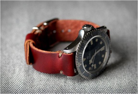 model-2-horween-straps-6.jpg