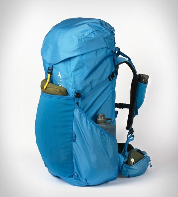 moment-strohl-mountain-light-backpack-8.jpg